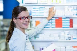 10 dicas de organização de produtos na drogaria para vender mais